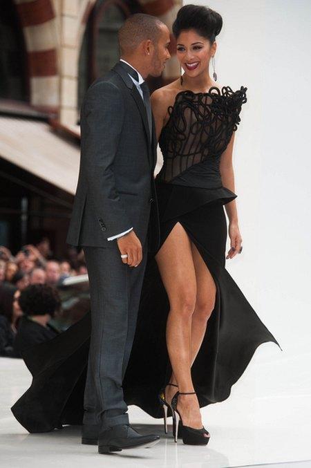 Odważne rozcięcie Nicole Scherzinger (FOTO)
