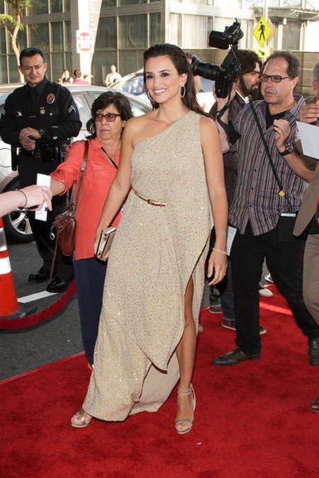 Penelope Cruz w kreacji Michael Kors (FOTO)