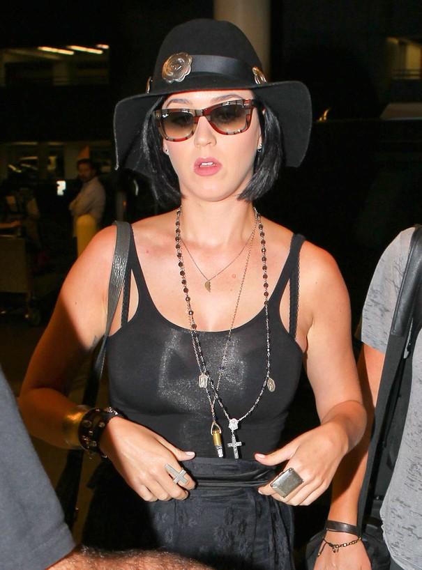 Katy Perry cała w czerni