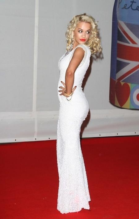 Kreacje na Brit Awards 2012 (FOTO)/Rita Ora