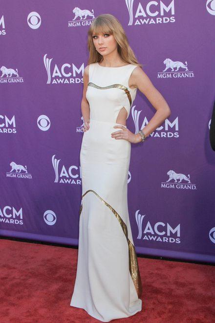 Taylor Swift gwiazdą ACM Awards (FOTO)
