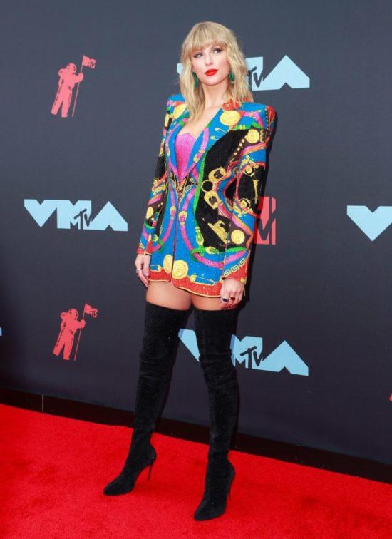 Najlepsze makijaże i fryzury gwiazd z gali MTV VMA