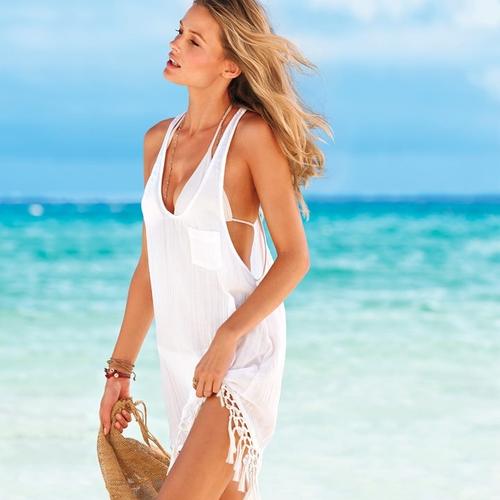 Białe zestawy plażowe od Victoria's Secret (FOTO)