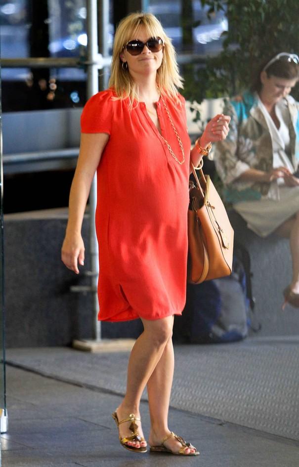 Reese Witherspoon w czerwonej sukience