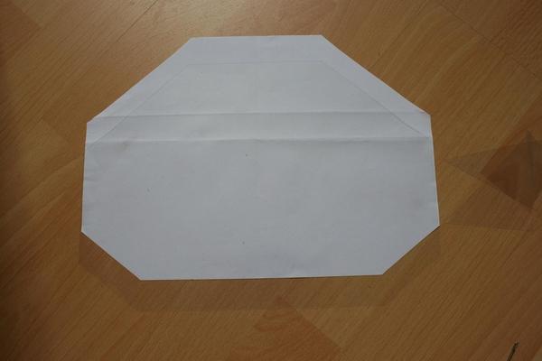 Zrób to sama: kopertówka z pleksi (FOTO)
