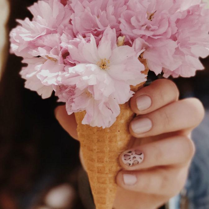 Side Tip Nails – ten mani wyprze frencha?