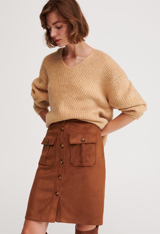 30 najmodniejszych spódnic na jesień. Modele z sieciówek na każdą sylwetkę